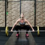 Reforzar hombros y cervicales para realizar ejercicios de levantamiento de peso