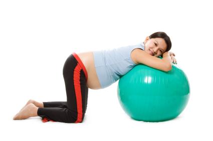 Aquaerobics facilitan trabajo de parto